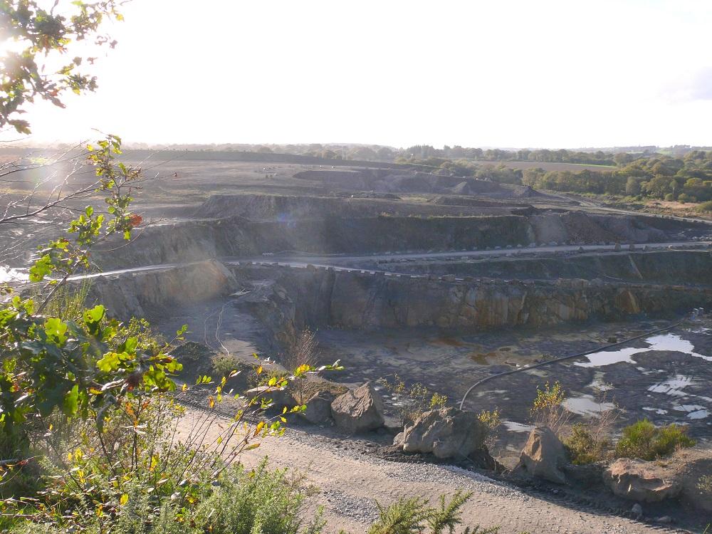 Carrière de Glomel : un projet de régularisation inacceptable en l'état [12/07/2018]