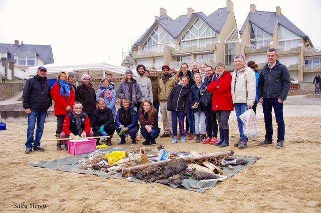 Opération nettoyage de plage et premiers secours à Saint-Malo [25/03/2018]