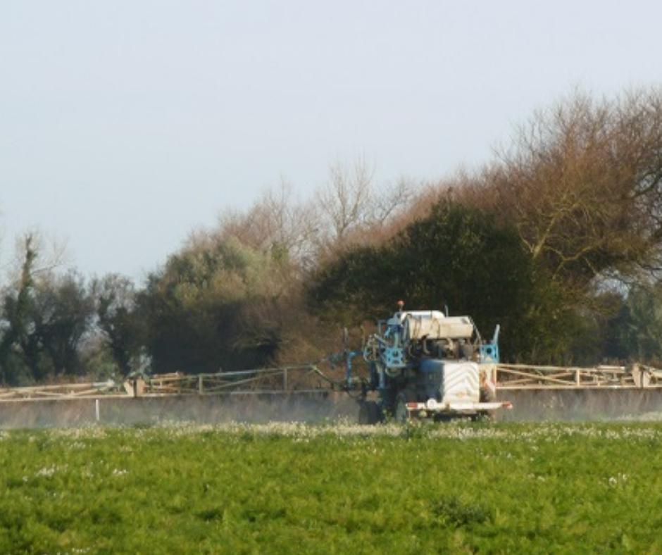 Pesticides | Charte riverains, le passage en force du gouvernement